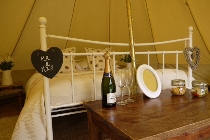 Bell tent hire the Cotswolds