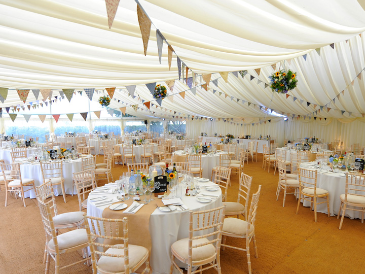 Hire marquees for wedding receptions